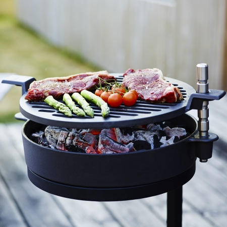 Close up of Morso cast iron barbecue grill on stand - Grill 71